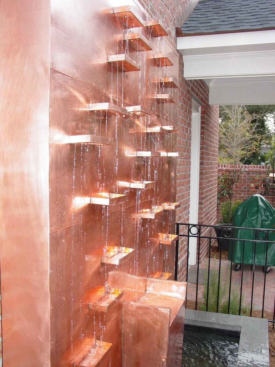 Cascada de pared en Cobre.jpg